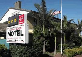 Flying Spur Motel - Accommodation Sunshine Coast