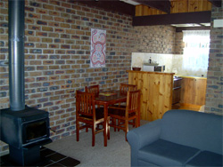 Warrawee Holiday Units - Accommodation Sunshine Coast