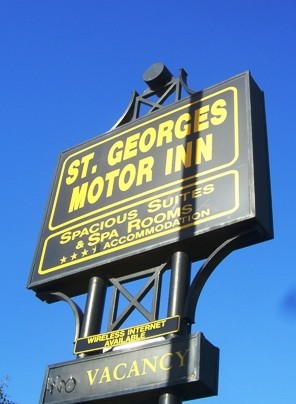 St Georges Motor Inn - Accommodation Sunshine Coast