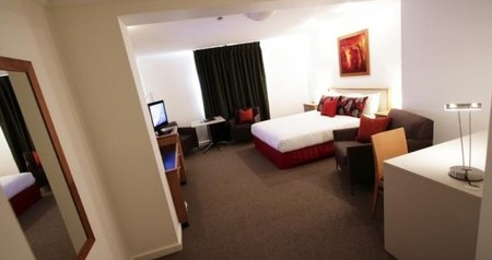 Townhouse Hotel - Accommodation Sunshine Coast