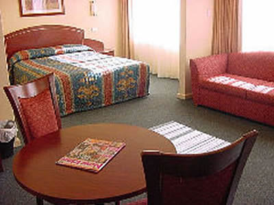 Embassy Motel - Accommodation Sunshine Coast