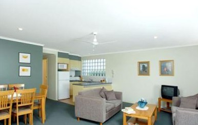 Beaches Holiday Resort - Accommodation Sunshine Coast
