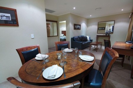 Quality Hotel Powerhouse - Accommodation Sunshine Coast