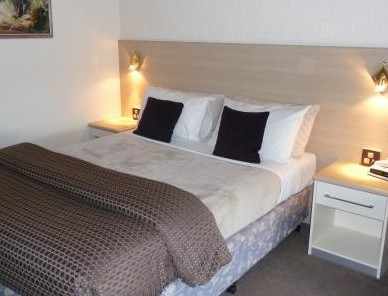 Hamiltons Townhouse Motel - Accommodation Sunshine Coast