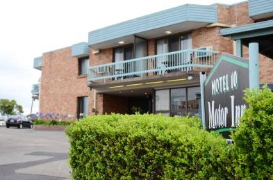 Motel 10 Motor Inn - Accommodation Sunshine Coast