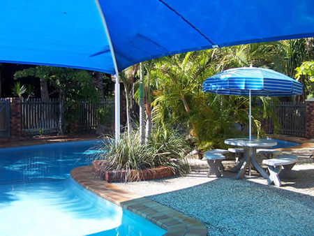 Palm Valley Motel and Holiday Units - Accommodation Sunshine Coast
