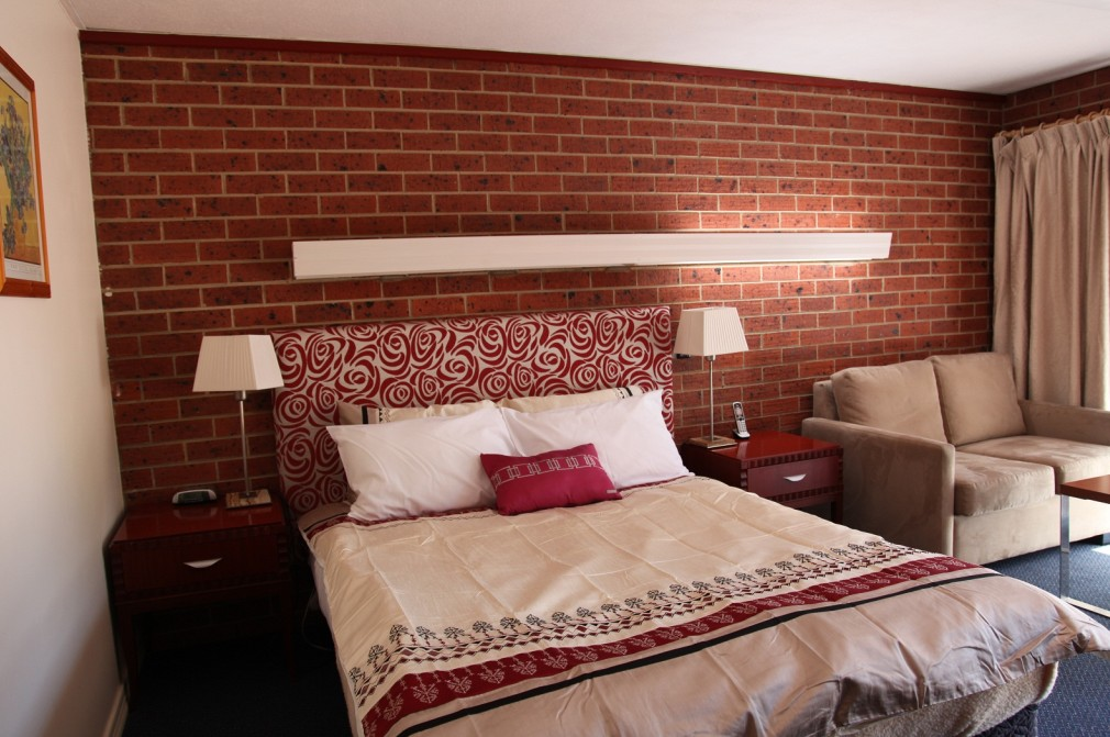 Carnegie Motor Inn and Serviced Apartments - Accommodation Sunshine Coast