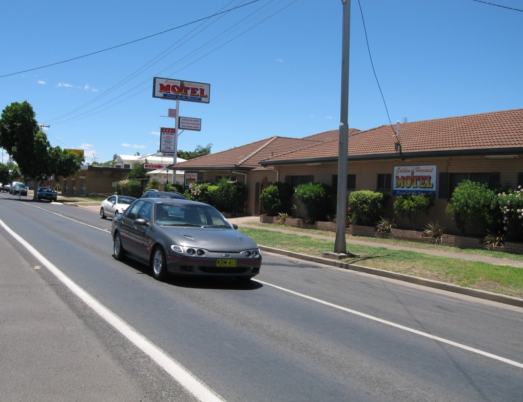 Golden Harvest Motor Inn - Accommodation Sunshine Coast