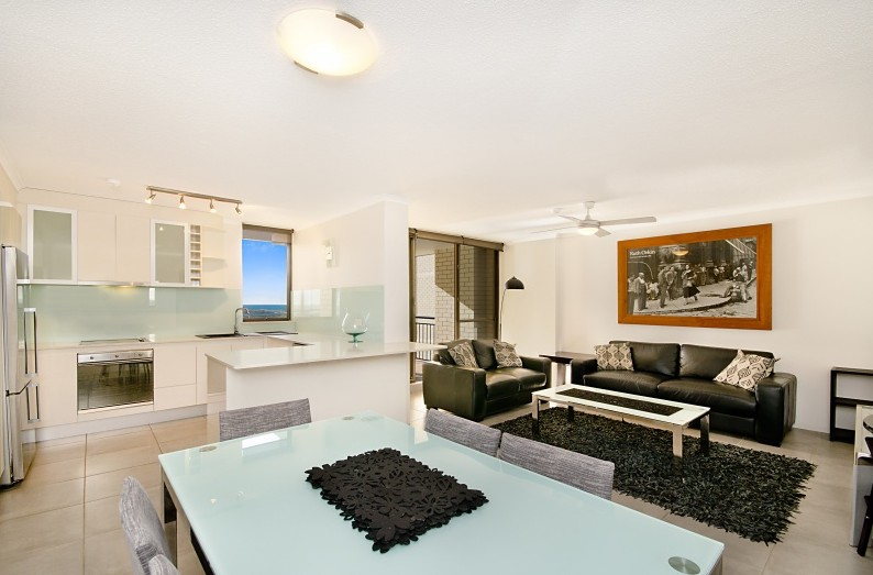 Banyandah Towers - Accommodation Sunshine Coast