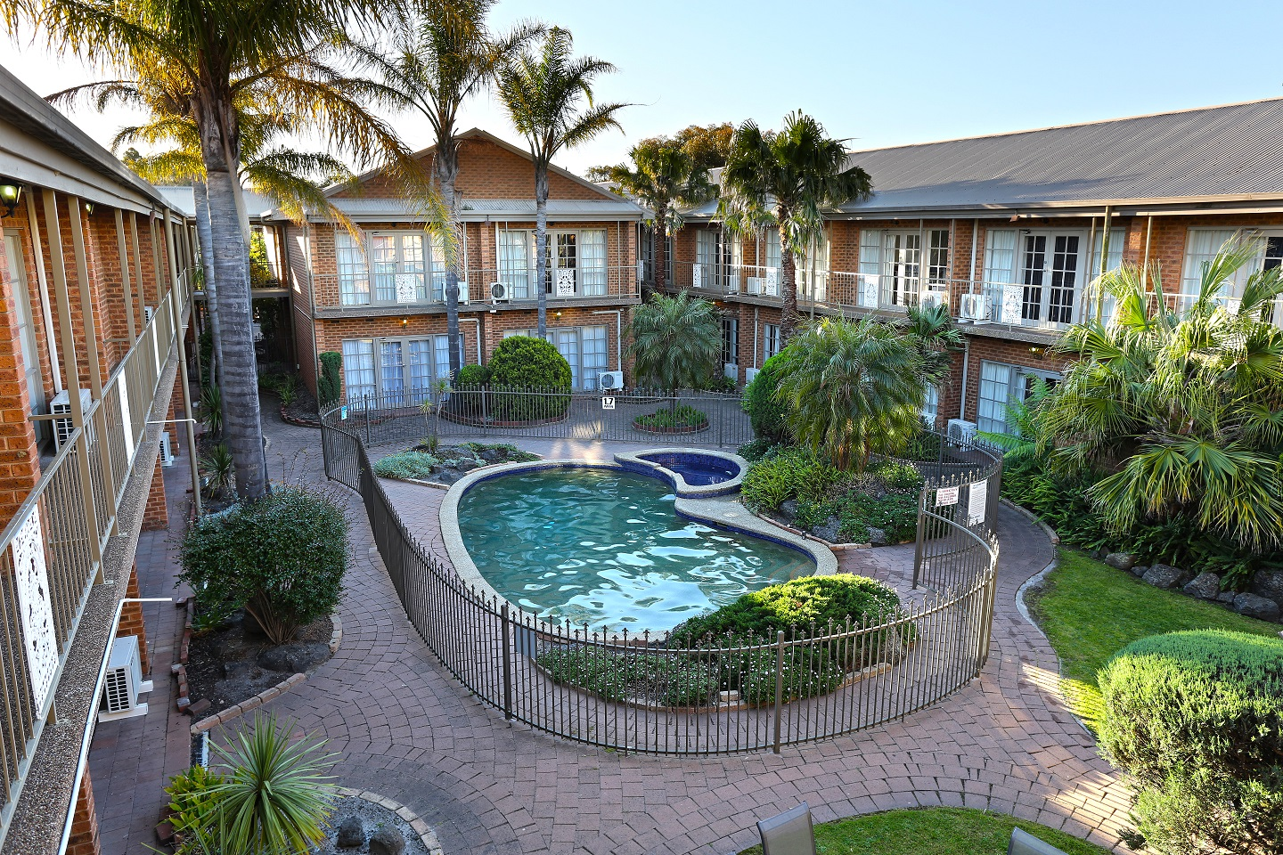 Quality Hotel Melbourne Airport - Accommodation Sunshine Coast