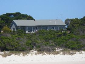 Island Beach Escape - Accommodation Sunshine Coast
