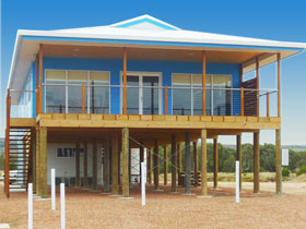 Lincoln View Holiday Home - Accommodation Sunshine Coast