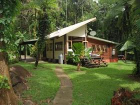 Stonewood Retreat - Accommodation Sunshine Coast