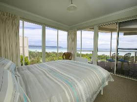 Malibu Lodge - Accommodation Sunshine Coast