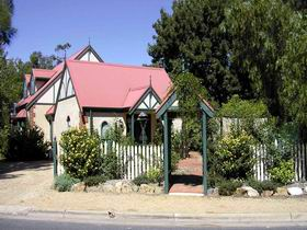 The Dove Cote - Accommodation Sunshine Coast
