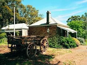 Reilly's Wines Heritage Cottages - Accommodation Sunshine Coast