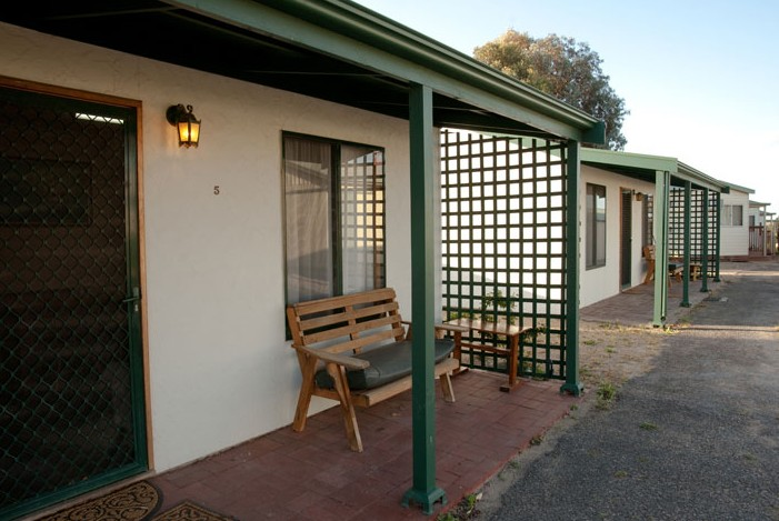 Moonta Bay Road Cabins and Cottages - Accommodation Sunshine Coast