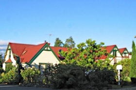 Crabtree House - Accommodation Sunshine Coast