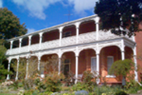 Glen Osborne House - Accommodation Sunshine Coast