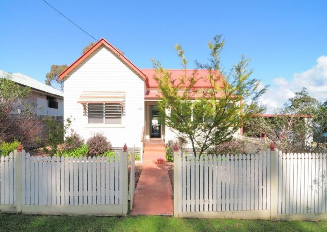 Diamond Cottages - Accommodation Sunshine Coast