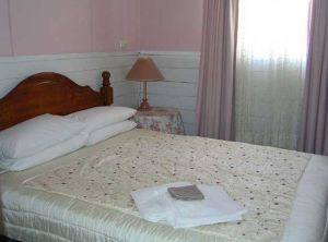 Kookaburra Cottage - Broken Hill - Accommodation Sunshine Coast