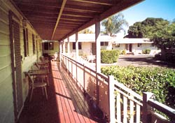 Bottle Tree Gardens Motel - Accommodation Sunshine Coast