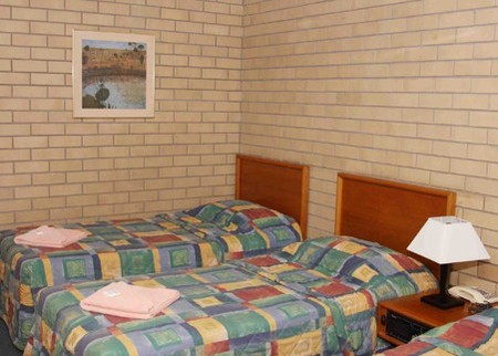 Gunsynd Motor Inn - Accommodation Sunshine Coast