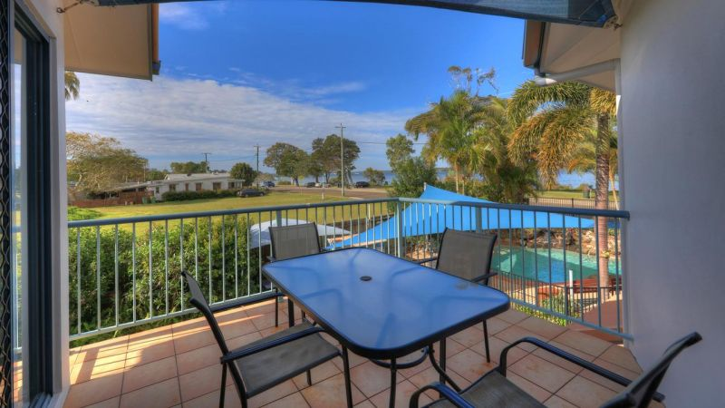 Dolphin Waters Holiday Apartments