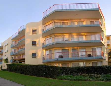 Kings Way Apartments - Accommodation Sunshine Coast