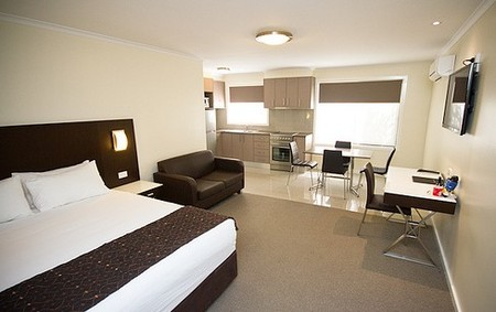 Country Comfort Premier Motel - Accommodation Sunshine Coast