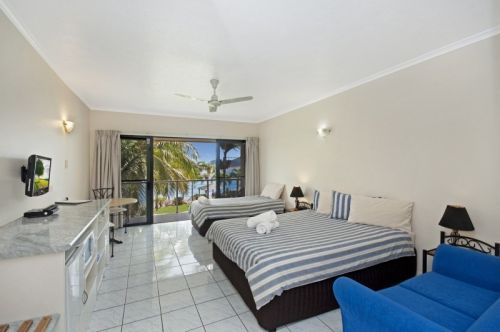 Hinchinbrook Marine Cove Motel - Accommodation Sunshine Coast