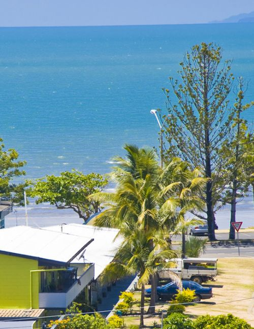 Surfside Motel - Yeppoon - Accommodation Sunshine Coast