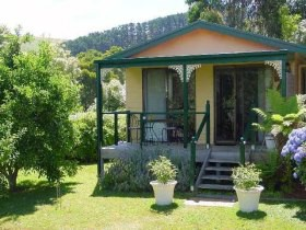 Ripplebrook Cottage - Accommodation Sunshine Coast