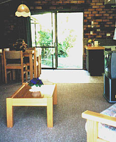 Falls Forest Retreat - Accommodation Sunshine Coast