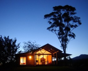 Promised Land Cottages - Accommodation Sunshine Coast