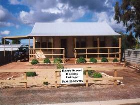 Cowell Barry Street Holiday Cottage - Accommodation Sunshine Coast