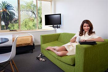 City Edge Serviced Apartments East Melbourne - Accommodation Sunshine Coast
