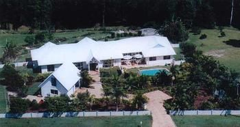 Ninderry Manor Luxury Retreat - Accommodation Sunshine Coast