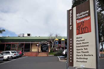 Matthew Flinders Hotel - Accommodation Sunshine Coast