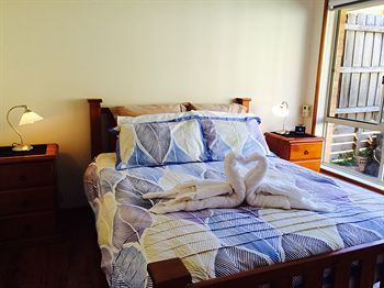 Australian Home Away  East Doncaster Andersons Creek 1 - Accommodation Sunshine Coast