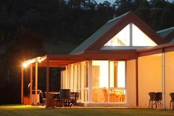 Rothbury Escape - Accommodation Sunshine Coast