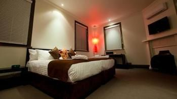 Burwood Inn Merewether - Accommodation Sunshine Coast