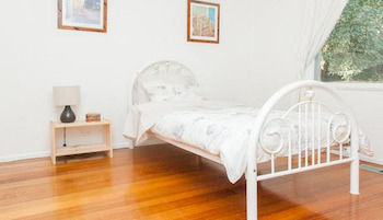 Eltham Retreat - Accommodation Sunshine Coast