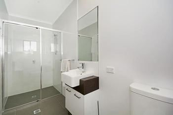 Cooroy Luxury Motel Apartments Noosa - Accommodation Sunshine Coast