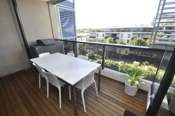Camperdown 608 St Furnished Apartment - Accommodation Sunshine Coast
