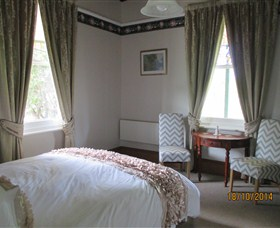 Cygnet's Secret Garden - Boutique Bed and Breakfast - Accommodation Sunshine Coast