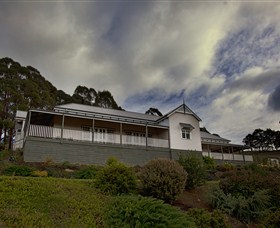 House on the Hill Bed and Breakfast - Accommodation Sunshine Coast