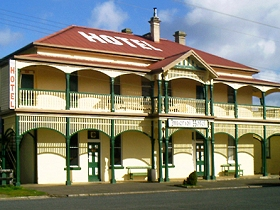 Imperial Hotel - Accommodation Sunshine Coast