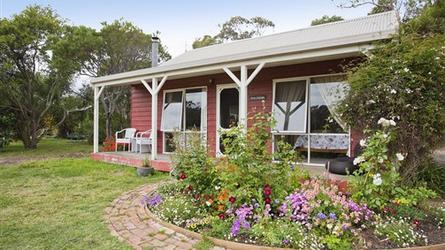 Freshwater Creek Cottages - Accommodation Sunshine Coast