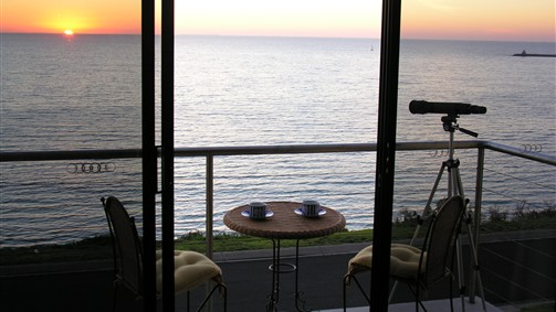 Clifftop Accommodation Portland Victoria - Accommodation Sunshine Coast